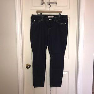 Dark Wash Skinny Ankle 18 Short Jeans